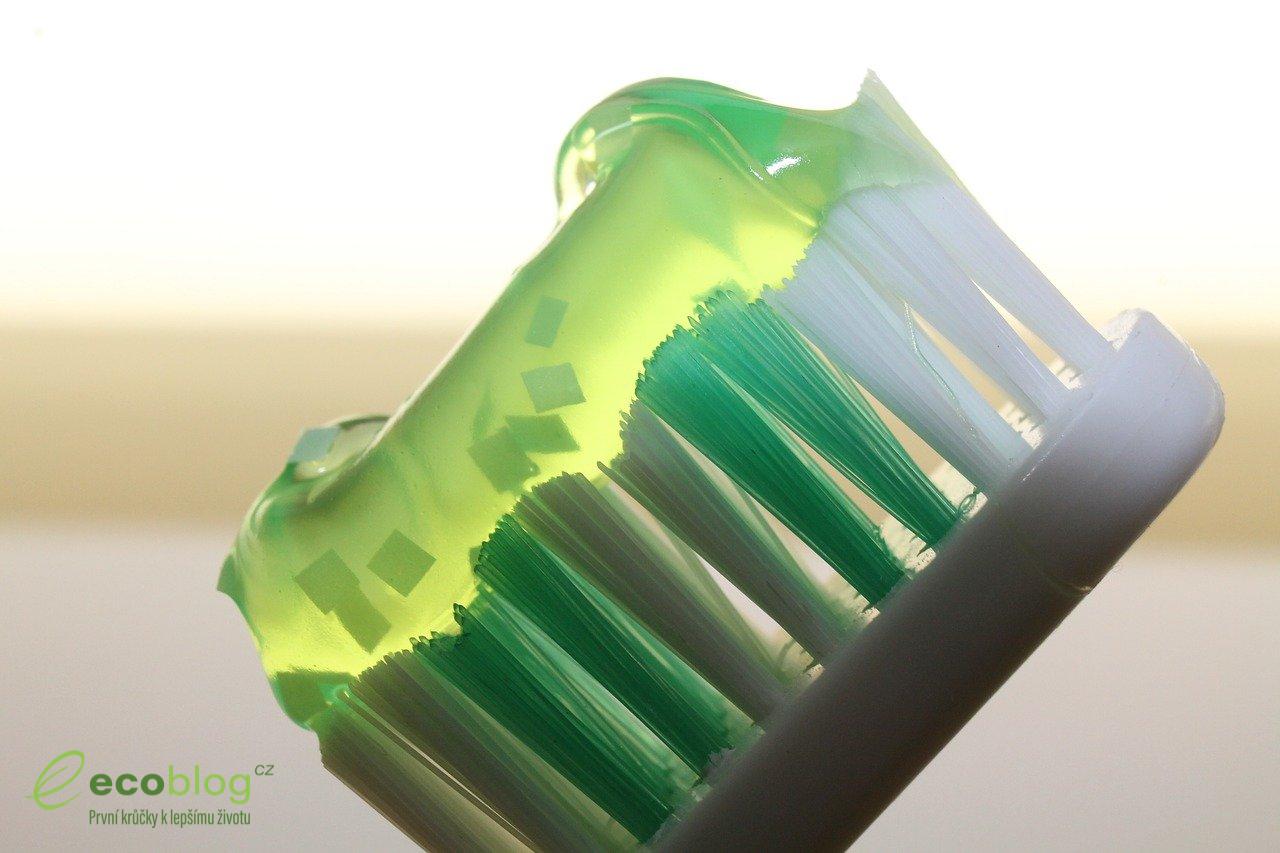 Zubní těstoviny