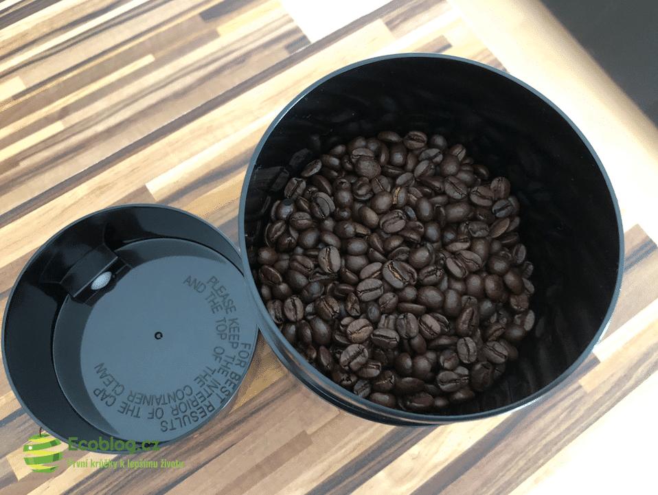 vakuová dóza na kávu