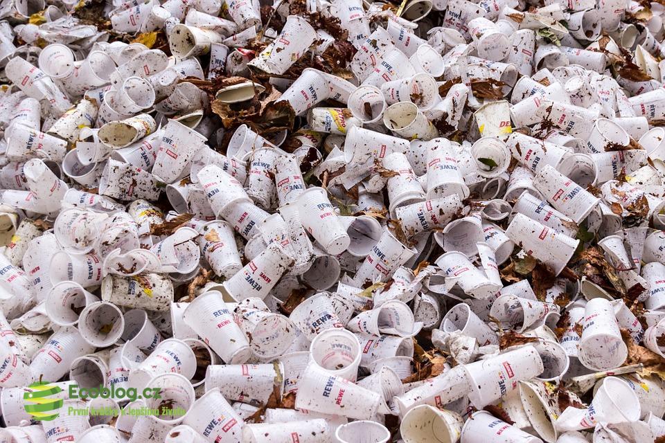 Čína už nemá zájem o plasty. Problém plastového odpadu roste